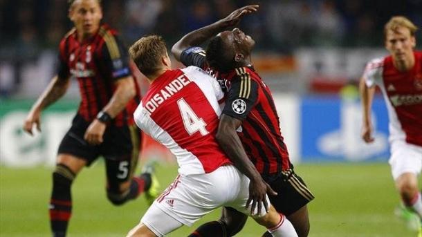 Prediksi Skor Pertandingan AC Milan Vs Ajax 12 Desember 2013