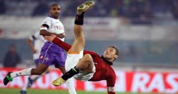 Prediksi Skor Pertandingan Roma Vs Fiorentina  8 Desember 2013