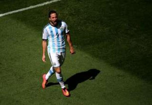 Gonzalo Higuain : Gol Ini Sangat Penting Bagi Tim