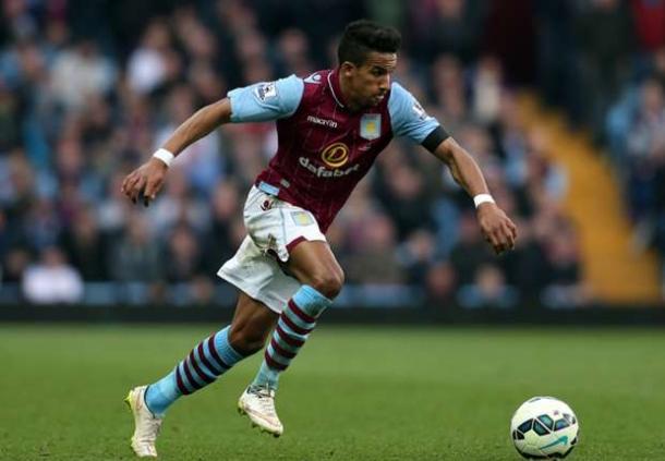 Aston Villa Mempermanenkan Status Sinclair