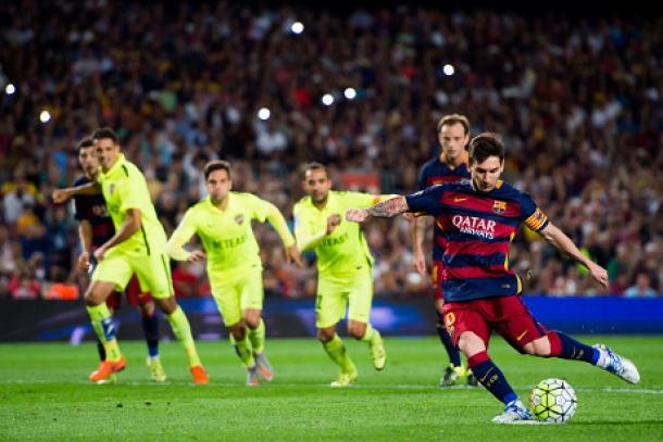 Enrique Bela Penalti Gagal Messi