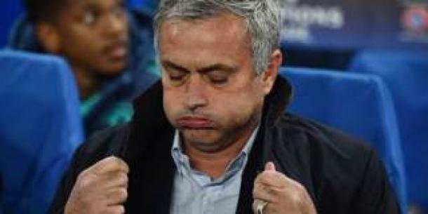 Kekalahan Dari Stoke City, Catatan Rekor Buruk Mourinho Bertambah