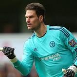 West Ham Ingin Boyong Begovic