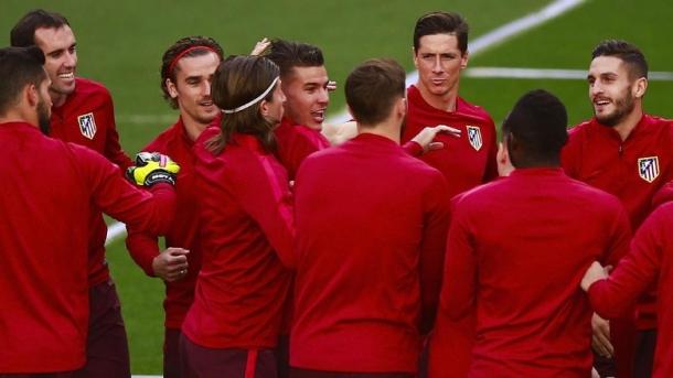 Atletico Siap Jual Torres Dan Carrasco Ke Klub China