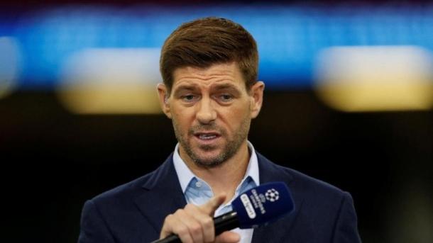 Gerrard Resmi Tangani Rangers