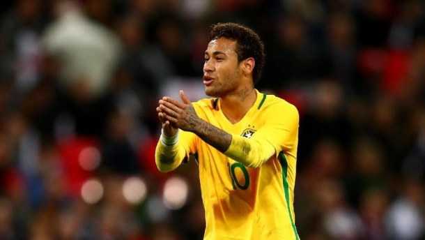 Neymar Saat Ini Membayangi Romario Karena Sudah Mencetak 54 Gol Di Timnas Brasil