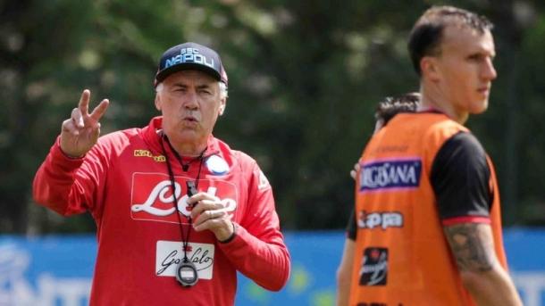 Sarri Mendoakan Napoli Bisa Memenangkan Scudetti Di Bawah Penanganan Ancelotti